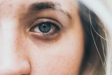 Free Closeup Photography Of Woman Eye Royalty Free Stock Photos - 119467518