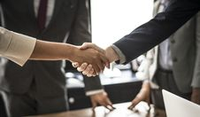Free Two Persons Hand Shake Royalty Free Stock Image - 119611296