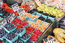 Free Fruit Market Stock Photo - 119844850