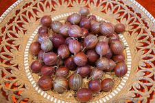 Free Chestnut, Food, Shallot, Hazelnut Royalty Free Stock Photography - 119866487