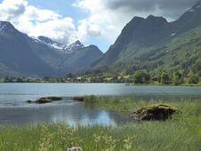Free Highland, Lake, Wilderness, Tarn Stock Photo - 119866650