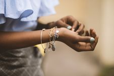 Free Selective Focus Photography Of Person Wearing Three Bangles Royalty Free Stock Photography - 119999897