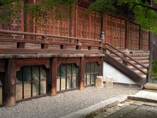 Free Wooden Temple Gate Royalty Free Stock Photography - 126007