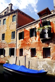 Free Venice - Canal Series Royalty Free Stock Photo - 1201575