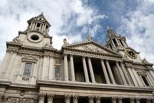 Free The Mighty St Paul Cathedral, London Royalty Free Stock Photography - 1203227