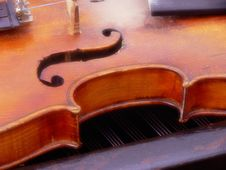 Free Violin And G Key Royalty Free Stock Photo - 1207245