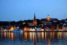 Free Reflection, Waterway, City, Town Stock Photo - 120114380