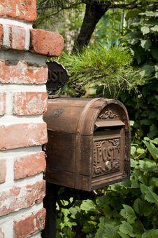 Free Letter Box, Tree, Garden, Masonry Oven Stock Photos - 120114963