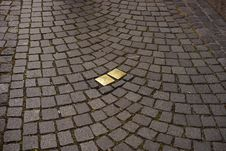 Free Cobblestone, Road Surface, Grass, Pattern Royalty Free Stock Images - 120115269