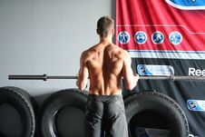 Free Physical Fitness, Shoulder, Bodybuilding, Weight Training Stock Photos - 120115523