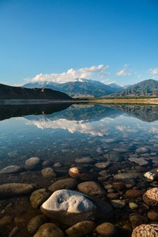 Free Landscape Photography Of Body Of Water Near Mountains Stock Photo - 120142560