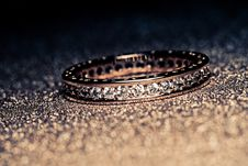 Free Gold Ring Background Filtered Stock Photo - 120148540