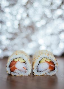 Free Closed Up Photography Of Sushi Roll Royalty Free Stock Photography - 120462607