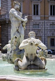 Free Sculpture, Statue, Fountain, Water Stock Photos - 120654323