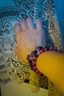 Free Agate Bracelets On Hand Stock Photo - 120756750