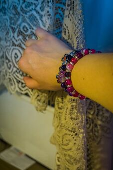 Free Agate Bracelets On Hand Stock Photography - 120756752