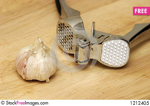 Free Garlic Royalty Free Stock Photo - 1212405