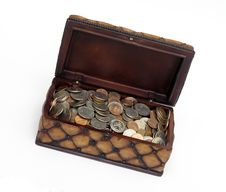 Free Box Full Of Coins Royalty Free Stock Images - 1210839