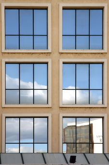 Free Reflections Modern Buildings 6 Royalty Free Stock Image - 1214016
