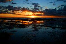 Free Ocean Sunrise 3 Royalty Free Stock Photo - 1214315