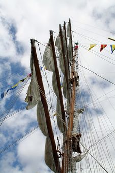 Free Booms On The Mast Stock Photos - 1214793