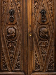 Free Carving, Stone Carving, Wood, Door Stock Images - 121057934
