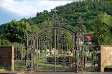 Free Gate, Iron, Estate, Garden Royalty Free Stock Photography - 121057947