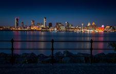 Free Skyline, Cityscape, City, Reflection Royalty Free Stock Photos - 121058078
