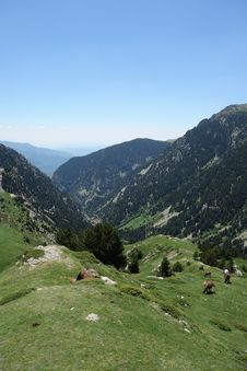 Free Mountainous Landforms, Sky, Mountain Range, Mountain Stock Image - 121058511