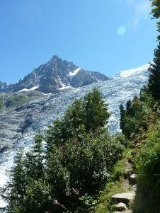 Free Wilderness, Mountainous Landforms, Mountain, Mountain Range Stock Photography - 121707662