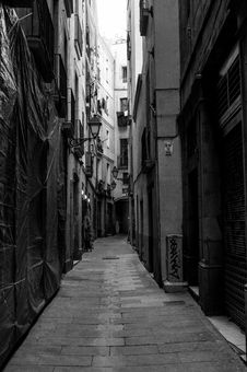 Free Alley, Road, Black, Street Royalty Free Stock Images - 121708199