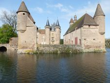 Free Waterway, Water Castle, Château, Castle Stock Photo - 121708420