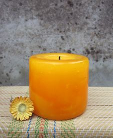 Free Orange Candle Stock Photography - 1221762