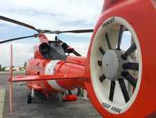 Free Helicopter, Helicopter Rotor, Aircraft, Rotorcraft Royalty Free Stock Photo - 122107835