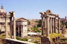 Free Historic Site, Ancient Roman Architecture, Ancient Rome, Ruins Stock Photos - 122204473