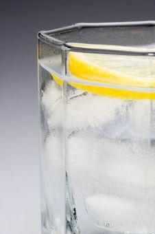 Free Lemon Lime Water Royalty Free Stock Image - 1237136