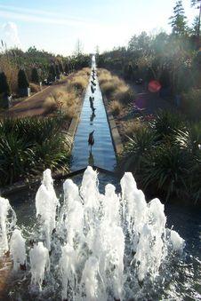 Free Outdoor Fountain @ DSBG Royalty Free Stock Photo - 1243025
