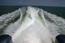 Free Speedboat And Wake Stock Images - 1248804