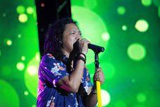 Free Singing, Entertainment, Singer, Music Artist Royalty Free Stock Image - 124418886