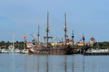 Free Sailing Ship, Ship, Tall Ship, East Indiaman Stock Photos - 124419043