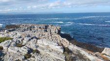 Free Coast, Sea, Coastal And Oceanic Landforms, Promontory Royalty Free Stock Images - 124419099