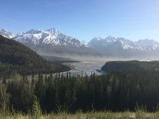 Free Wilderness, Mountainous Landforms, Mountain, Lake Stock Image - 124771701