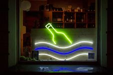 Free Green, Light, Neon, Neon Sign Royalty Free Stock Image - 124938766