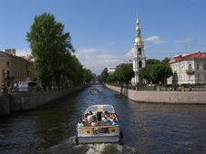 Free Waterway, Canal, Body Of Water, Water Transportation Royalty Free Stock Photos - 124938848