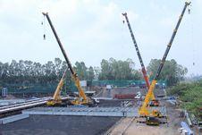 Free Construction, Construction Equipment, Crane, Vehicle Royalty Free Stock Photo - 124939035