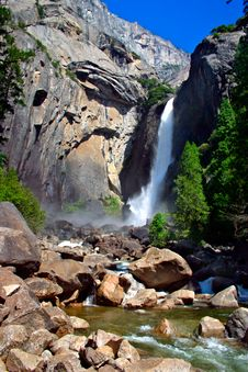 Free Yosemite Falls, Yosemite National Park Royalty Free Stock Image - 1251836
