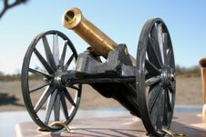 Free Vintage Artillery Piece Royalty Free Stock Image - 1254066