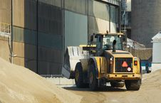 Free Bulldozer In Action Stock Images - 1257274