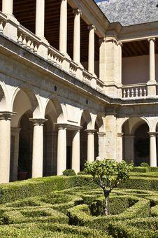 Free Courtyard Of Escorial Royalty Free Stock Image - 1259226