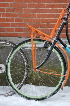 Free Bike With Snow In Amsterdam Stock Photos - 12501963